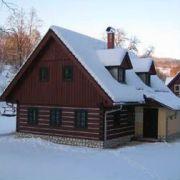 Drewniany dom Snezenka